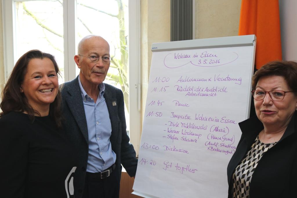 Die Organisatoren des Workshops Wohnen in Essen (v.l.n.r.) Janina Krüger, Klaus Wermker und Jutta Eckenbach. (Foto Hendrik Rathmann)