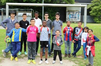 Sport m. Flüchtlingskindern Gym Nord-Ost Mai 2016 (Foto Hendrik Rathmann) (19)